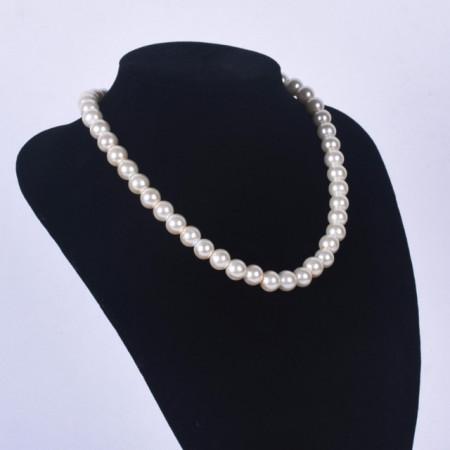 colier de dama cu perle albe