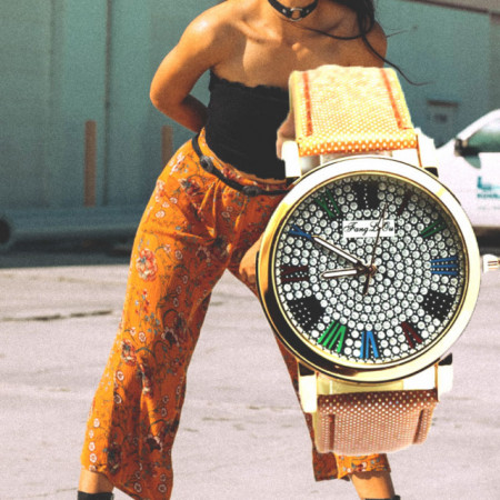 Ceas elegant de dama, model deosebit cu cifre romane si pietricele