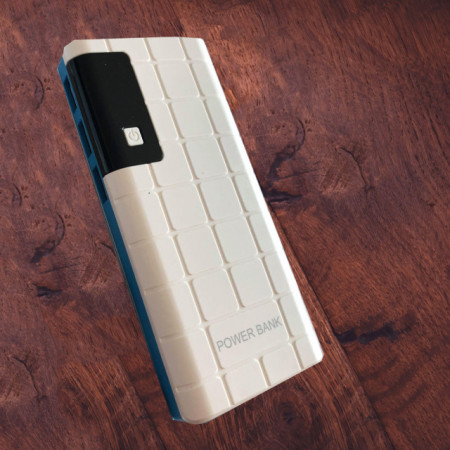 Acumulator extern 20000 mAh, 3 porturi USB, LED, lanterna, alb cu albastru