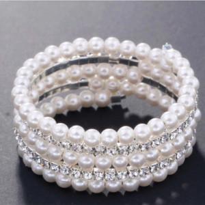 Bratara eleganta cu pietricele si perle acrilice in 5 randuri spiralata, model Elegant bride pearls