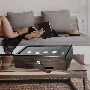 Cutie caseta din lemn pentru depozitare si organizare 10 ceasuri, model Pufo Gentle cu cheita, maro