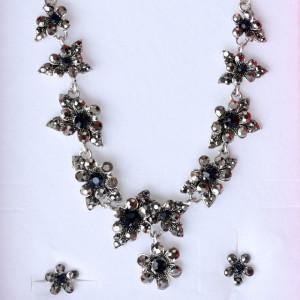 Set colier statement si cercei cu cristale argintii, Silver flower