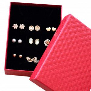 Set de 9 perechi de cercei eleganti in forma de bobite, model Glamour Lady, aurii