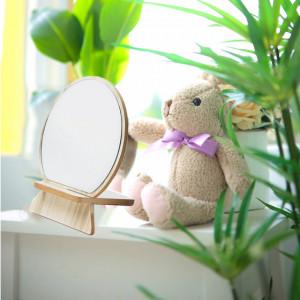 Oglinda rotunda pentru cosmetica cu suport din lemn, 18 cm