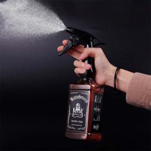 Pulverizator modern in forma de sticla Whisky pentru frizerie sau coafor, 500 ml