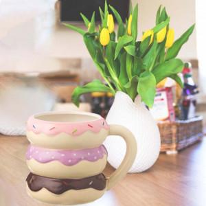 Cana uriasa din ceramica Pufo Donut, 610 ml