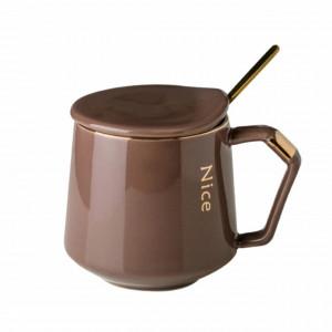Cana cu capac din ceramica si lingurita Pufo Luxurious pentru cafea sau ceai, 300 ml, maro
