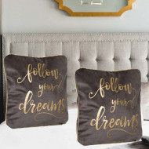 Perna decorativa Pufo, model Follow Dreams, pentru canapea, pat, fotoliu