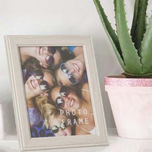 Rama foto decorativa Pufo, lemn, 25 x 30 cm