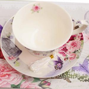 set elegant pentru cafea sau ceai