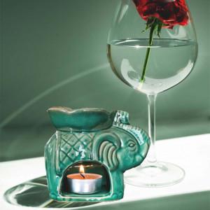 Vas din ceramica pentru aromaterapie Pufo, model elefant, verde