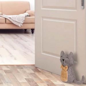 Opritor usa textil Pufo, model Pisicuta adorabila Kitty