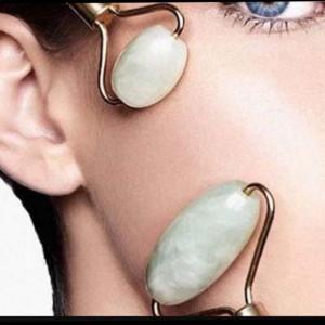 Rola dubla pentru masaj facial cu piatra de jad, Pufo
