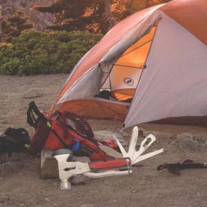 Topor tip briceag multifunctional Pufo pentru camping cu patent, ciocan, fierastrau, desfacator, surubelnita, cutit, etc