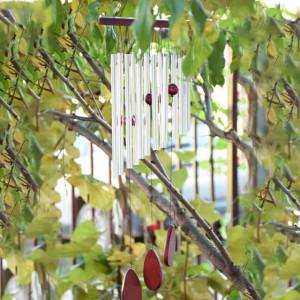 Clopotel de vant cu 12 tuburi sonore metalice argintii pentru casa sau gradina, model Feng-Shui