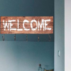 Cuier suport Welcome Pufo pentru chei cu 5 carlige metalice, 45 cm
