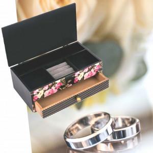 Organizator din lemn pentru bijuterii, model Hello Gorgeous, Pufo