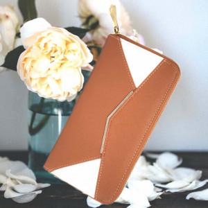 Portofel elegant de dama in doua culori, maro cu alb