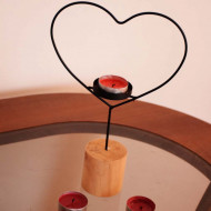 Suport decorativ pentru lumanarein forma de inima, Pufo Hearthy, 28 cm