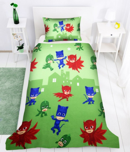 Poze Lenjerie de pat copii Eroii in pijama 2 fundal verde