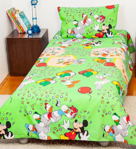 Poze Lenjerie de pat copii Mickey Party fundal verde
