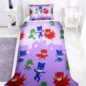 Lenjerie de pat copii Eroii in pijama 2 fundal mov