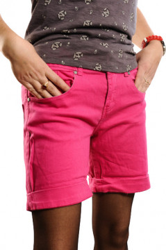 Pantaloni scurti roz pentru femei