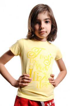 Tricou galben cu imprimeu text