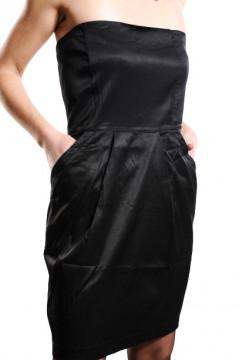 Rochie neagra fara bretele