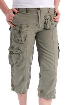 Pantaloni 3/4 verde militar cu buzunare