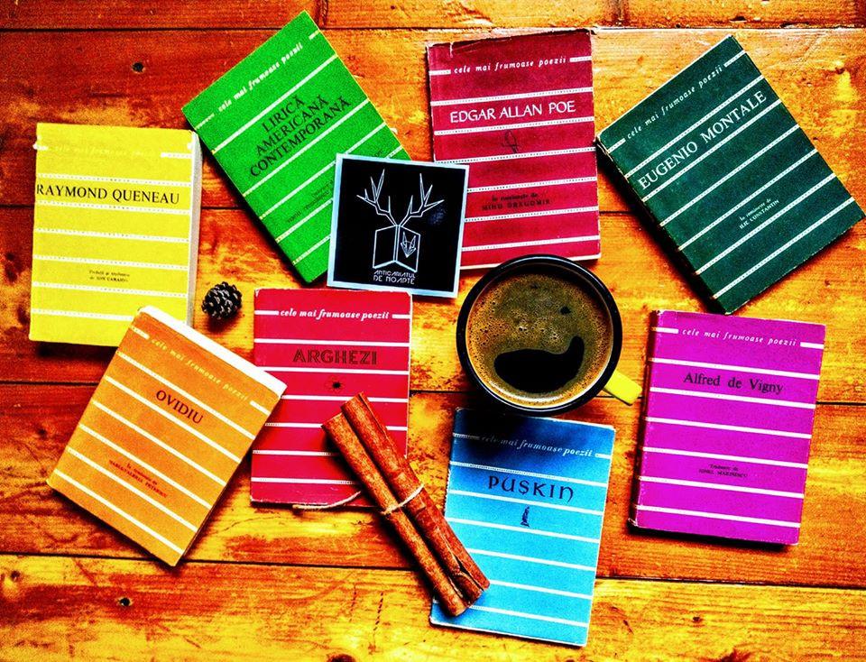 Decembrie cu multe cărți de poezie sub brad...