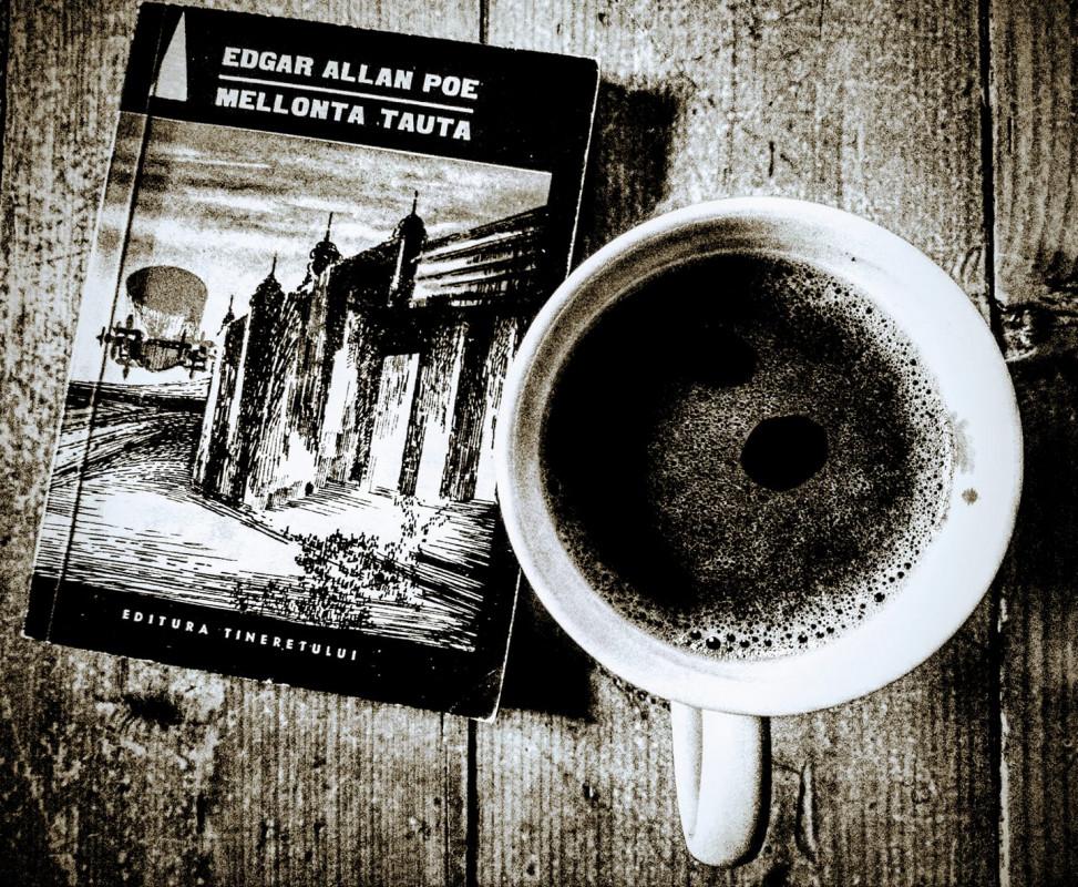 Celebrul scriitor Edgar Allan Poe se năștea acum 212 ani...
