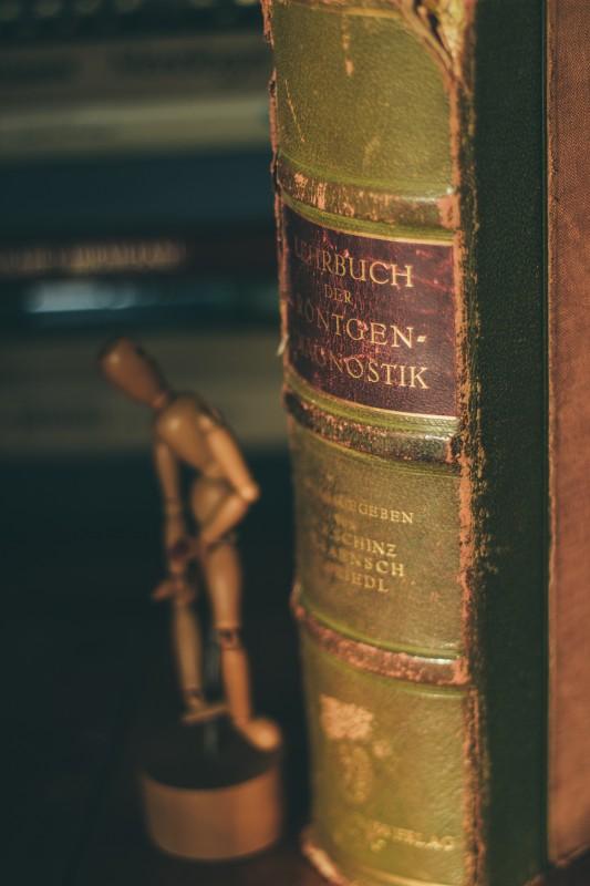 Nu uita de cele mai noi cărți din stoc!