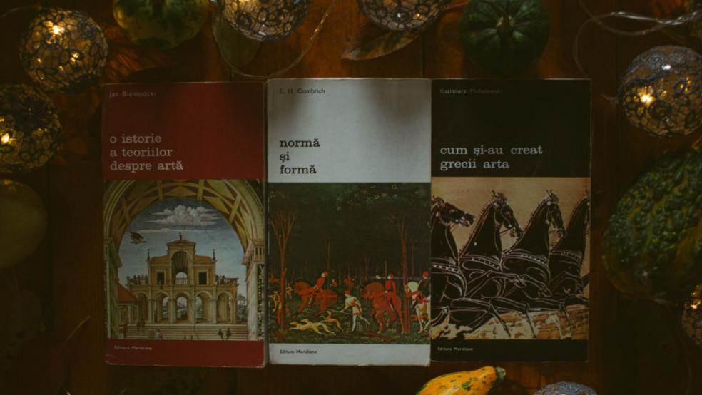 """Descoperă multe cărți din colecția """"Biblioteca de artă"""" la final de toamnă!"""