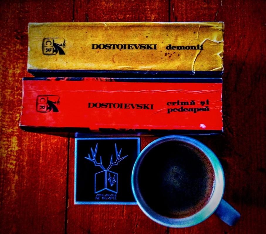 O cafea amară cu Feodor Mihailovici Dostoievski + 3 secrete din viața sa + 3 citate superbe
