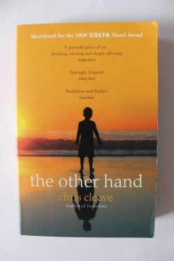 Poze Chris Cleave - The other hand