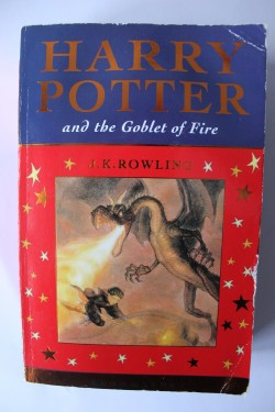 J.K. Rowling - Harry Potter and The Goblet of Fire (editie in limba engleza)
