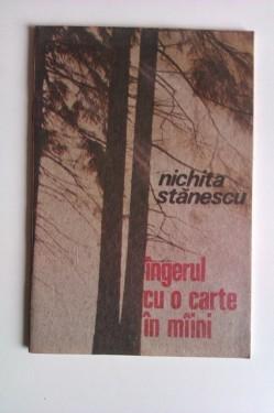 Nichita Stanescu - Ingerul cu o carte in maini
