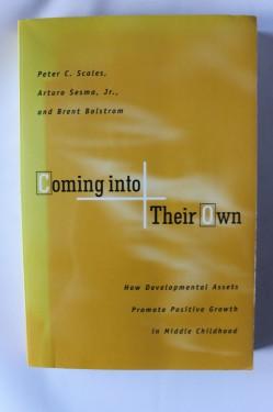 Peter C. Scales, Arturo Sesma Jr., Brent Bolstrom - Coming into their own (editie in limba engleza)