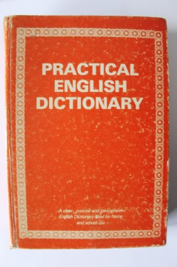 Poze Practical english dictionary (editie hardcover)