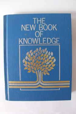 Poze Colectiv autori - The new book of knowledge (enciclopedie in limba engleza)
