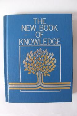 Colectiv autori - The new book of knowledge (enciclopedie in limba engleza, editie hardcover)