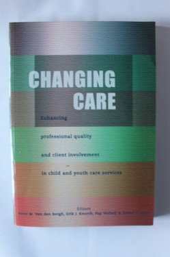 Colectiv autori - Changing care (editie in limba engleza)