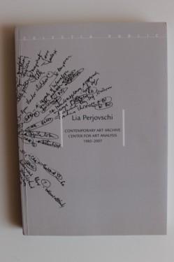 Lia Perjovschi - Contemporary Art Archive. Center for Art Analysis (1985-2007)