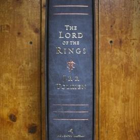 J.R.R. Tolkien - The Lord of The Rings (50th Anniversary Edition) (editie hardcover, bibliofila, in limba engleza, in caseta speciala)