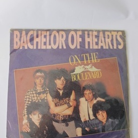 Bachelor of hearts - On the boulevard