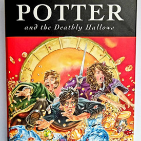 J. K. Rowling - Harry Potter and the Deathly Hallows (first edition, hardcover)