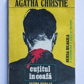 Agatha Christie - Cutitul in ceafa