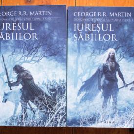 George R. R. Martin - Saga Cantec de gheata si foc. Iuresul sabiilor (2 vol.)