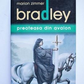 Diana L. Paxson, Marion Zimmer Bradley - Preoteasa din Avalon
